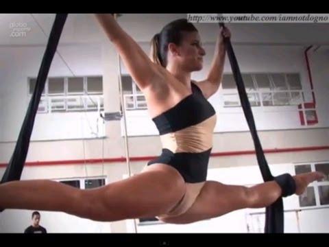 Bastidores do ensaio fotográfico de Bianca Jahara, para o Sexy Hot | Só Para Maiores Sexy Hot de YouTube · Duração:  2 minutos 7 segundos