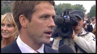 03.07.2011 Hamburg Interview Daniel Delius with Owner, Michael Owen ( Brown Panther)