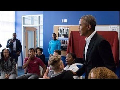 Barack Obama Makes Surprise Visit to DC High School Students