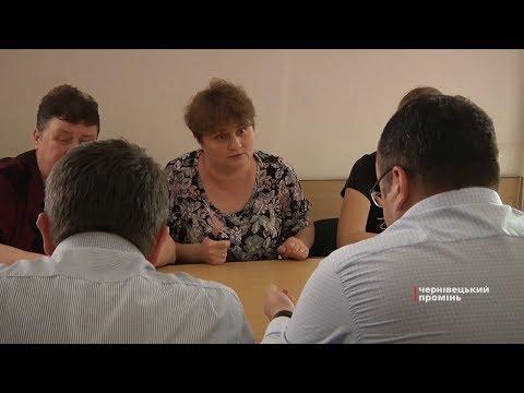 Чернівецький Промінь: Активісти вимагають притягнути до відповідальності головного архітектора міста