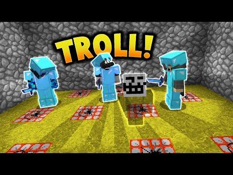 TROLLING VYENEMIES NEW BASE!   Minecraft FACTIONS #589