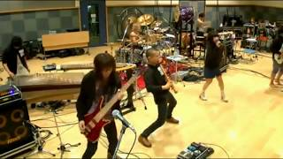 Wagakki Band / 和楽器バンド - 戦-ikusa- (Live on Nico Nico, 02.09.2015)