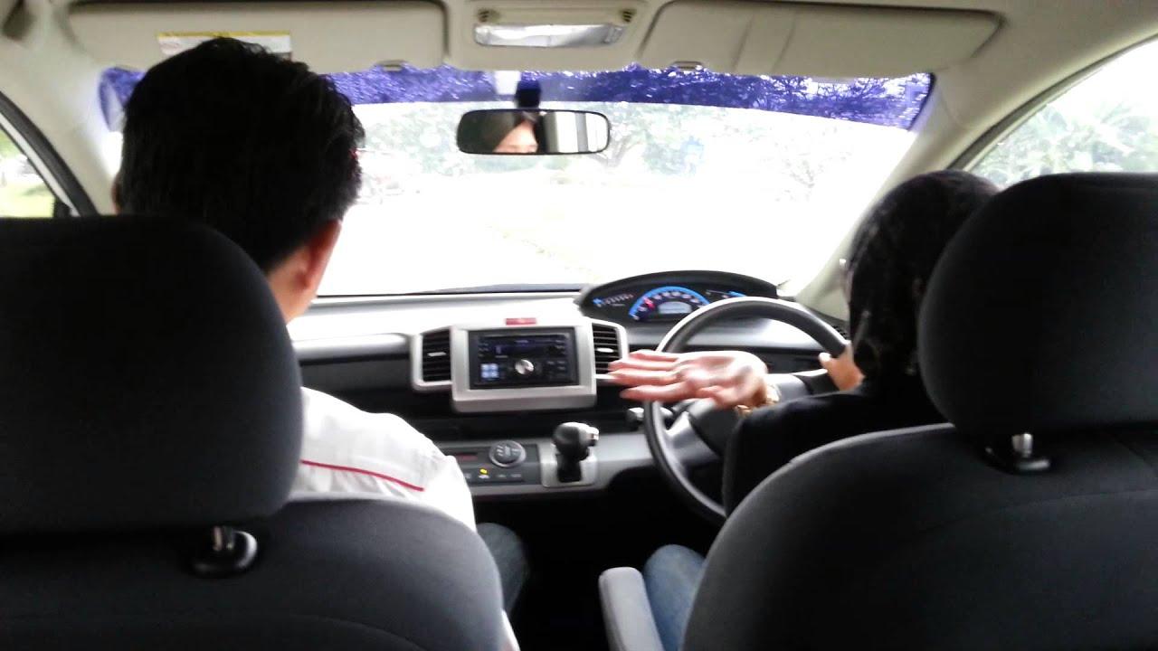 test drive honda freed - youtube