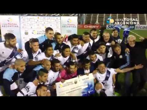 Los festejos de Guillermo Brown (PM), tras vencer a Chacarita