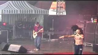 Son Goku, Thomas D - Alle Glocken läuten/ Bulldog 2002