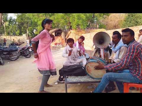 BhojpuriFlavour,होठलाली से रोटी बोर के |Hothlali Se Roti Bor Ke | Desi Angreeze Baja Style