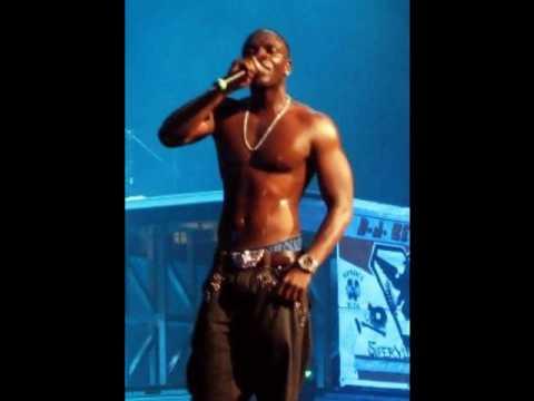 Akon - She Wants Sex