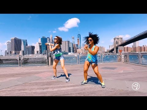 "Romeo Santos, Nicky Jam, Daddy Yankee - ""Bella y Sensual"" / Zumba® choreo by Alix w/ Malaika"