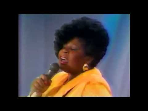 Vanessa Bell Armstrong LIVE on Oprah -