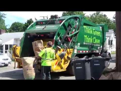 Waste Management Cng Mack Mru Mc Us Xc Rear Loader On Yard Waste In Dedham