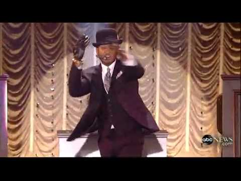 Usher+Performs+'Hey+Daddy'.mp4