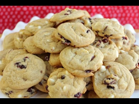 How To Make White Chocolate Cranberry Cookies | Simply Bakings
