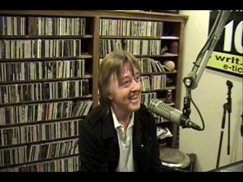 Joey Molland interview in the Lightning 100 studio pt. 1