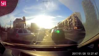 21.01.2017 на углу Пискаревского и Металлистов
