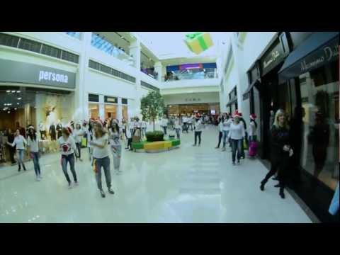 Yerevan Inditex Flash Mob In Dalma Garden Mall