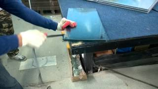 Разборка стеклопакета с лентой Greenspacer(Ремонт (разборка) стеклопакета своими руками. Вот так легко и непринужденно можно разобрать стеклопакет..., 2014-09-09T07:07:59.000Z)