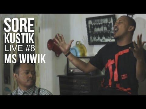 SOREKUSTIK LIVE #8 MS. WIWIK - WE'RE COMING BACK ( COCK SPARRER ACOUSTIC COVER )