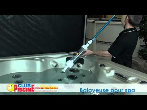 Comment utiliser la balayeuse pour spa youtube for Balayeuse piscine