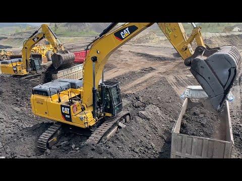 Download Caterpillar 352F Excavator Loading Trucks - 90 Minutes Movie