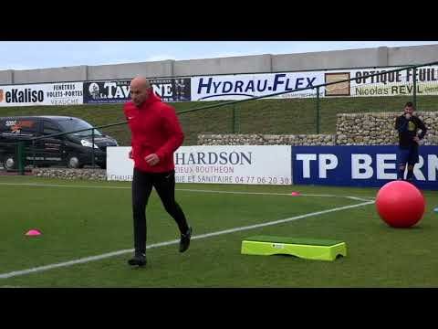 "Video: Sport-Thieme Stepper  ""Fußball"""