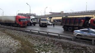 Дальнобойщики перекрыли МКАД Москва забастовка часть 2 - 04.12.15