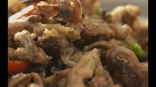Cooking green tea flavor fried mushrooms   CCTV English