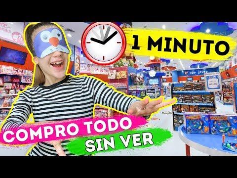 COMPRO TODO LO QUE TOQUE CON LOS OJOS VENDADOS CHALLENGE en 1 Minuto | Daniela Golubeva