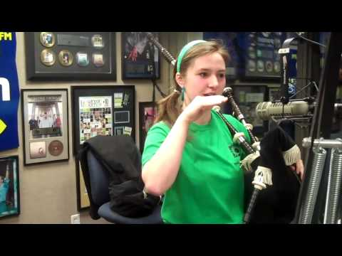 95.5 The Fish Len and Brooke-Name that Tune Bagpipe Edition