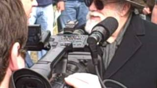 Jim Marrs and Alex Jones on the Knoll (11/22/08)
