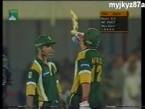 #PARTNERSHIP : Afridi & Imran Nazir - 100 Runs in 10 Overs - Vs New Zealand at Sharjha 2001