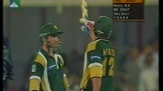 #PARTNERSHIP : Afridi & Imran Nazir - 100 Runs in 10 Overs - Vs New Zealand at Sharjha 2001