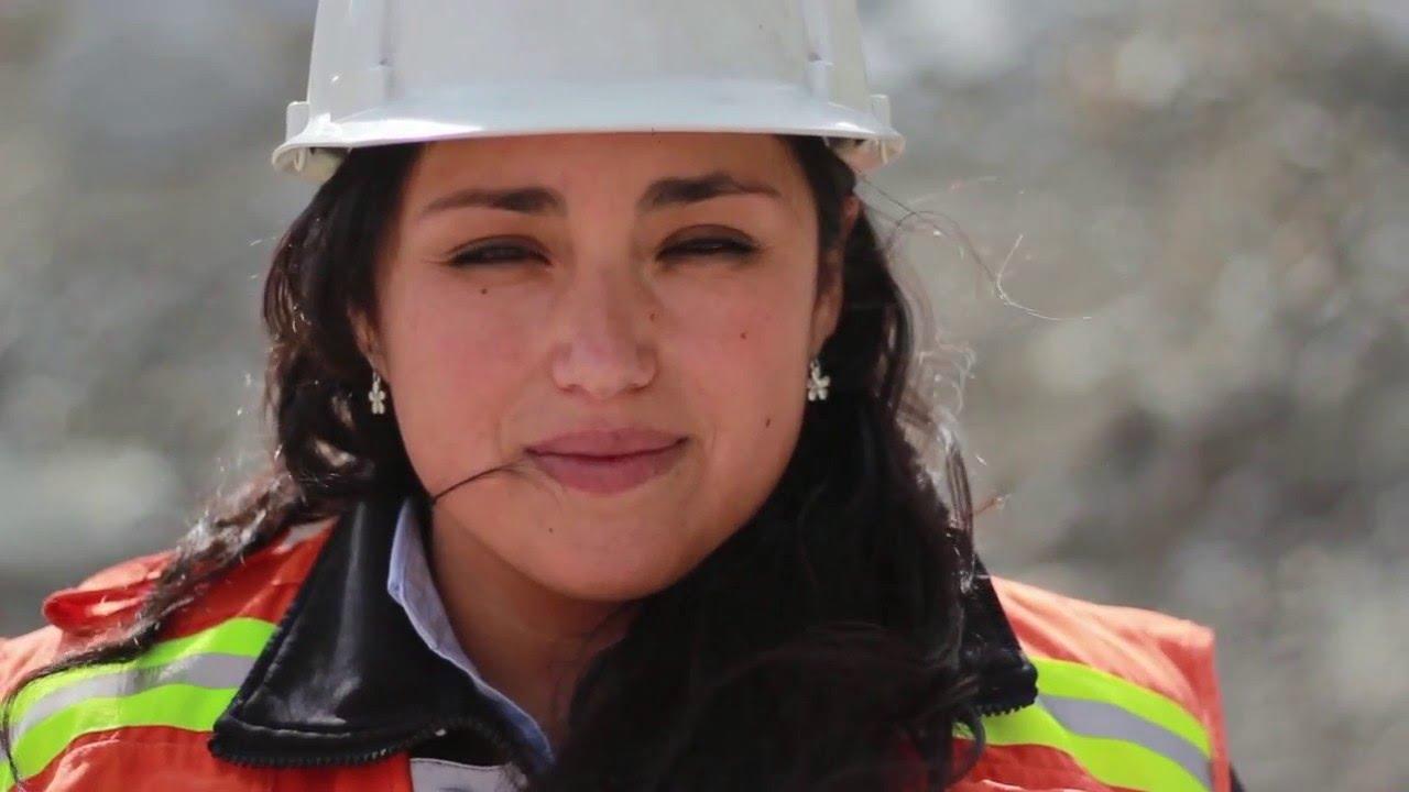 Dia De La Mujer Companeros Destacan Aporte De Las Mujeres Al Desarrollo De La Mineria Youtube Me gustaría ser una lágrima para nacer en tus ojos, vivir en tus mejillas y morir en tus labios. youtube