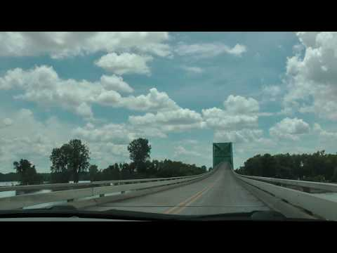 U.S. 60 and U.S. 62 west across the Mississippi River Bridge near Cairo, Illinois