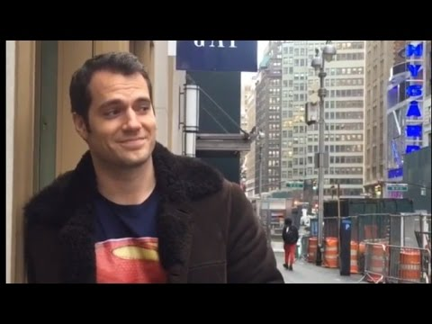 No One Recognizes 'Superman' Henry Cavill While Standing By Movie Billboard