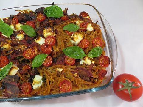 recette-de-gâteau-de-spaghetti-aux-aubergines-et-à-la-féta