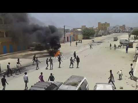 manifestation des chauffeurs de taxi à Nouakchott en Mauritanie.