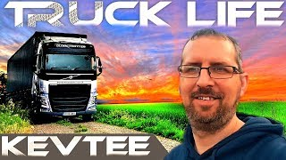 Trucking Life On The Road