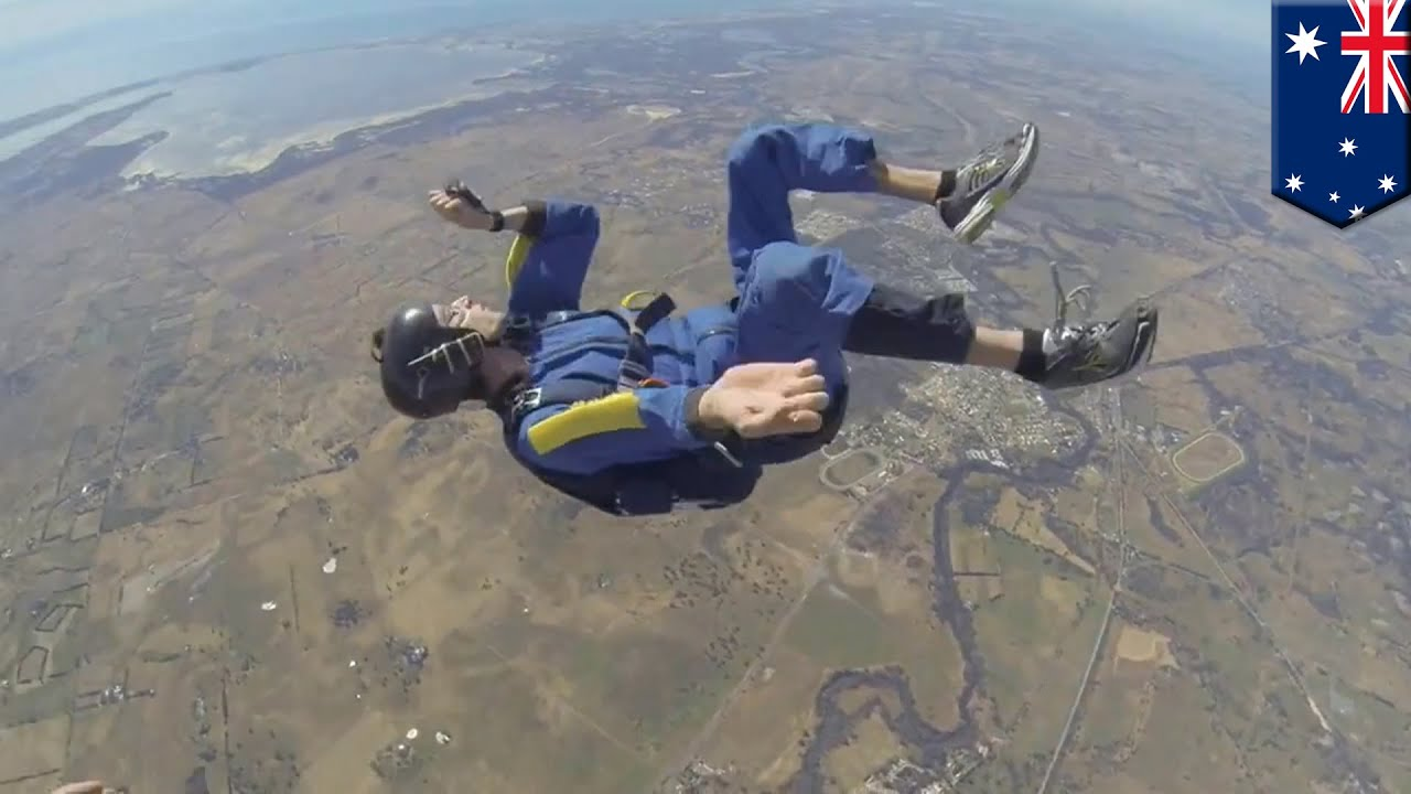 skydive nude | Photography | Skydiving, Funny accidents ...