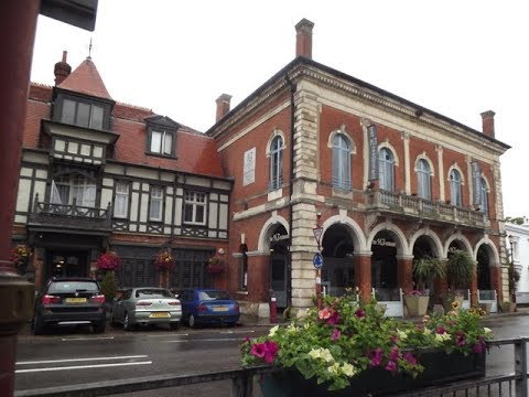 Places to see in ( Chertsey - UK )