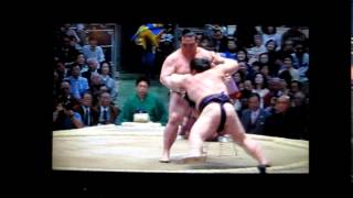 稀勢の里vs豪風 平成27年大相撲春場所 Kisenosato vs Takekaze SUMO.
