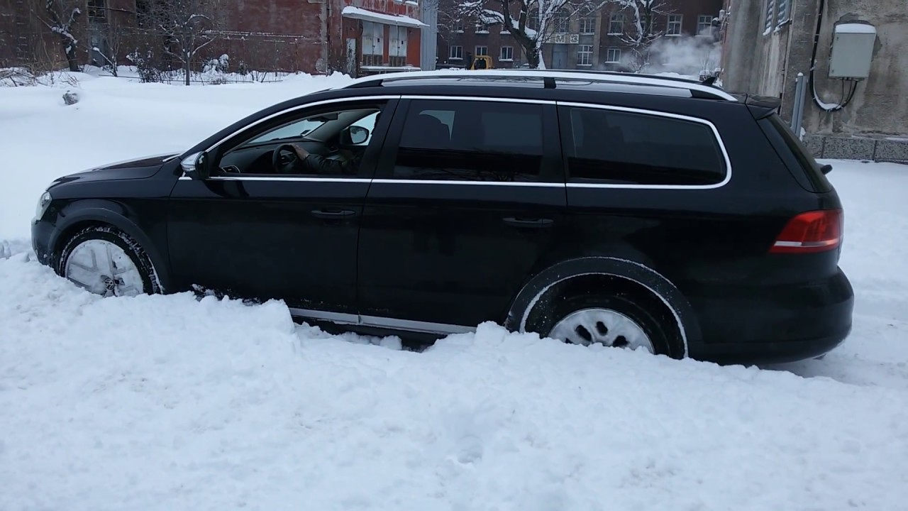 passat alltrack b7 offroad mode at snow off on youtube. Black Bedroom Furniture Sets. Home Design Ideas