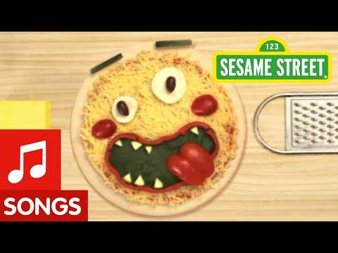 Sesame Street: Let's Make a Pizza