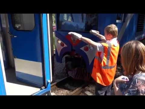 Детская железная дорога в Кратово - Сцепка тепловоза (2)