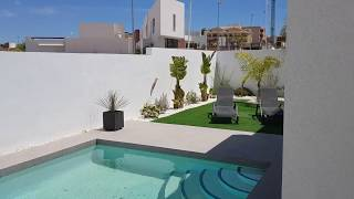 A vendre villa de plein pied 3 chambres, piscine privée sur la Costa Blanca en Espagne