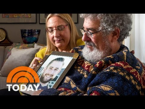 Parents Of Murdered DNC Staffer Seth Rich Plead: Stop Politicizing His Death | TODAY