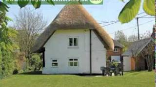 Cottage Holidays in Wiltshire | Watch & Find Out About the Accommodation & Locations