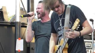 Scott Weiland & The Wildabouts - Unglued (Stone Temple Pilots cover) San Antonio, Tx. 5/24/15