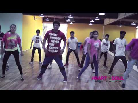 Neethoney Dance Tonight Dhruva Song...