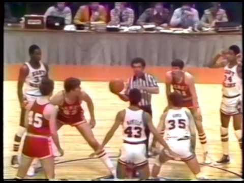 1979 IHSA Boys Basketball Class AA Third Place Game: Lisle (Benet Academy) vs. East Moline (United)