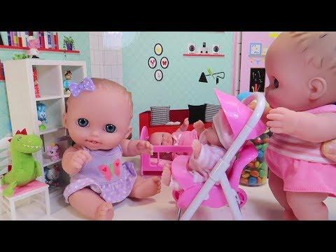 Куклы Пупсики играют открывают сюрпризы Маша и Медведь Щенячий Патруль. Игрушки на канале Зырики ТВ